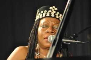 Amina-Claudine-Myers-Trio-05-12-2014